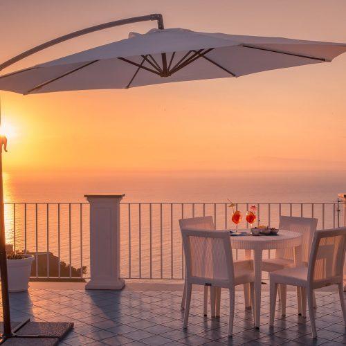 b&b-mareluna-Mare-vico-equense-Capri-Amalfi-Positano-2